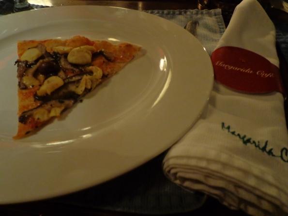 Paraty 2012 Pizza de cogumelos do Margarida Café