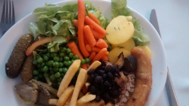 prato vegan em restaurante a quilo cabo rio região dos lagos