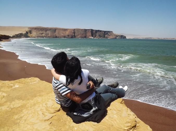 playa roja peru paracas